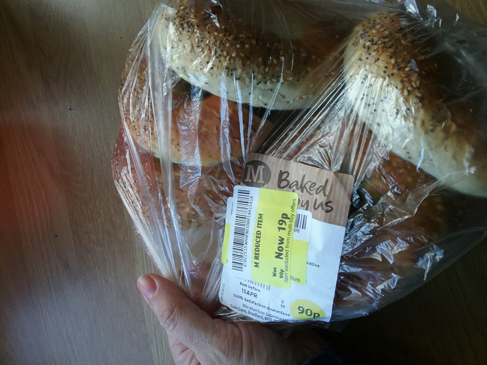 Morrisons bagels in a plastic bag with yellow tag on them 19p
